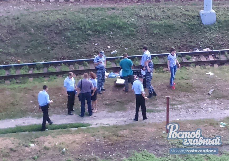На станции Ростов-Главный 22-летний студент погиб под колесами поезда, фото-1