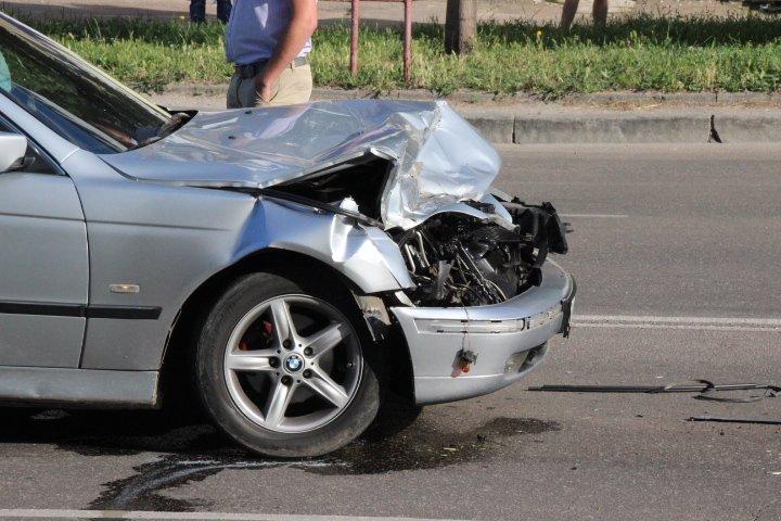 ДТП в Кировограде: BMW протаранила ГАЗЕЛЬ (ФОТО), фото-1