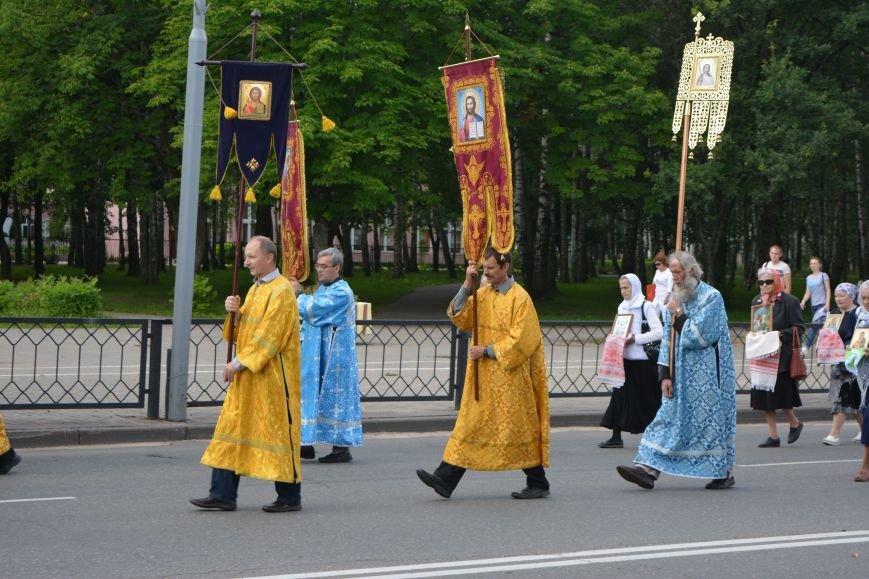 Фотофакт: в Новополоцке состоялся крестный ход с иконой Божией Матери, фото-2