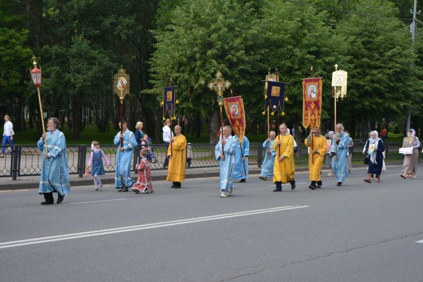 Фотофакт: в Новополоцке состоялся крестный ход с иконой Божией Матери, фото-1