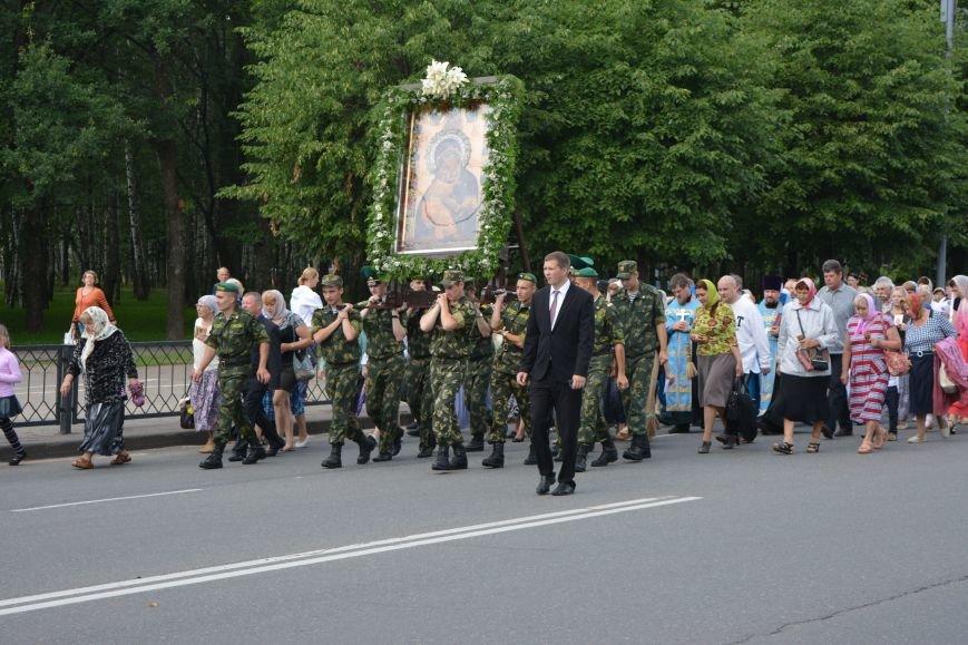 Фотофакт: в Новополоцке состоялся крестный ход с иконой Божией Матери, фото-4