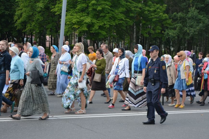 Фотофакт: в Новополоцке состоялся крестный ход с иконой Божией Матери, фото-7