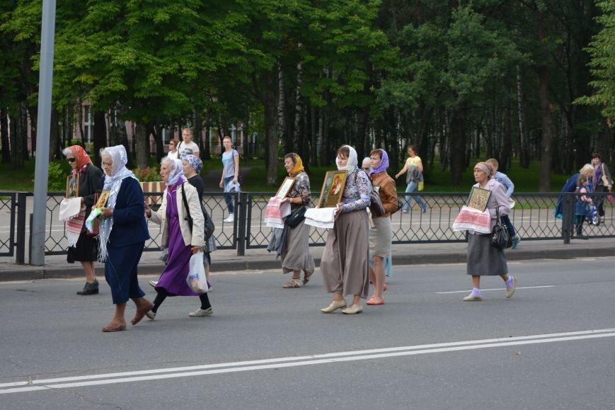 Фотофакт: в Новополоцке состоялся крестный ход с иконой Божией Матери, фото-3