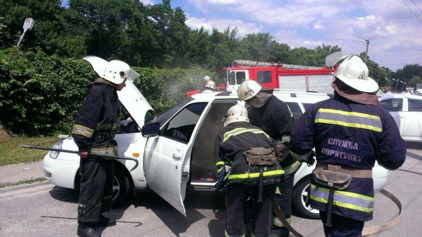 В Кировограде патрульные и спасатели предотвратили уничтожение автомобиля. ФОТО, фото-6