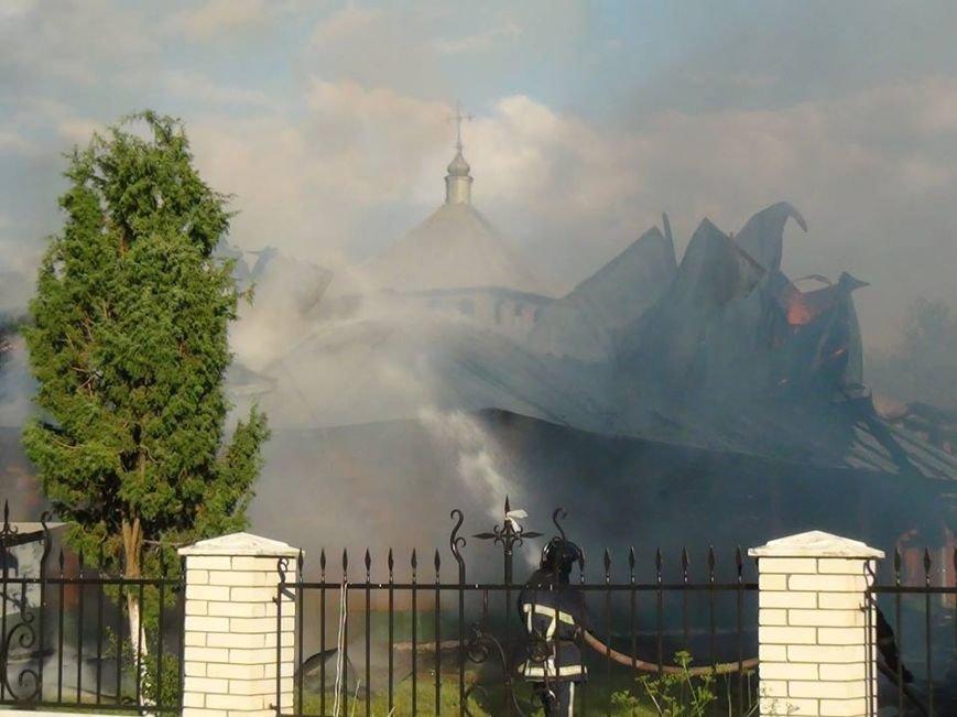 Як палав старовинний храм у передмісті Франківська (ФОТО), фото-3