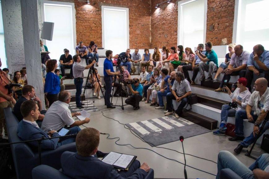 Горбань и блогеры: вопросов больше, чем инициатив, фото-1