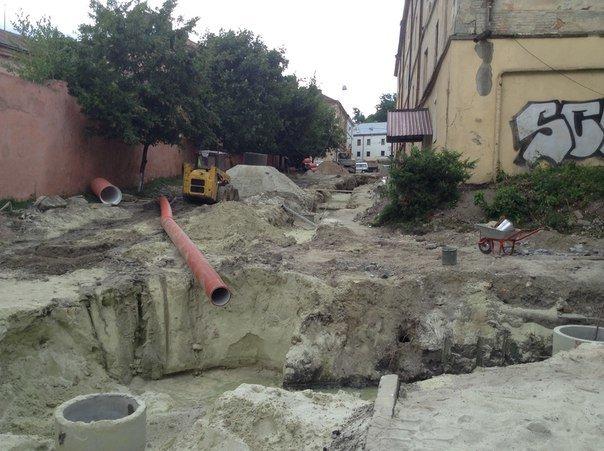 Від сьогодні у Львові закрили на ремонт вулицю Медову (ФОТО), фото-3