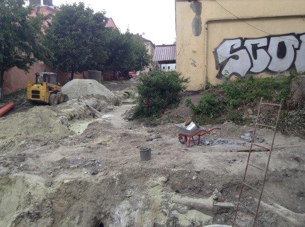 Від сьогодні у Львові закрили на ремонт вулицю Медову (ФОТО), фото-1