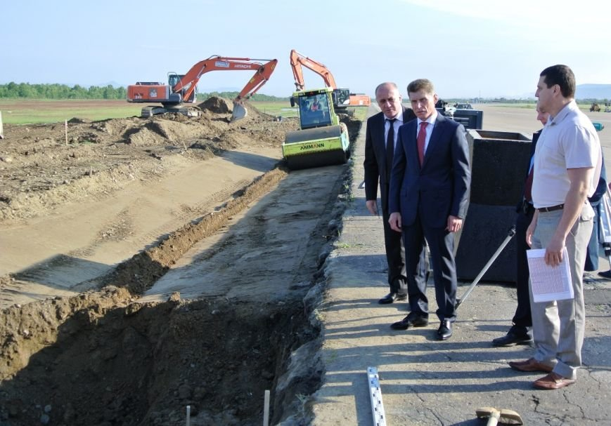 Осенью закончится ремонт взлетно-посадочной полосы в аэропорту Южно-Сахалинска, фото-2