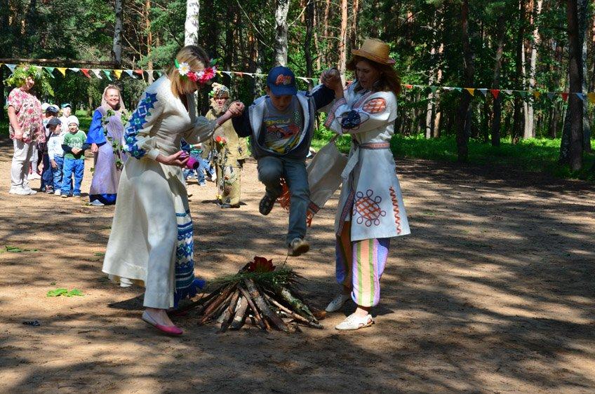 Купалинка и Купалиш, Леший и Кикимора: как нечистая сила вмешалась  в празднование Купалья в Новополоцке, фото-13