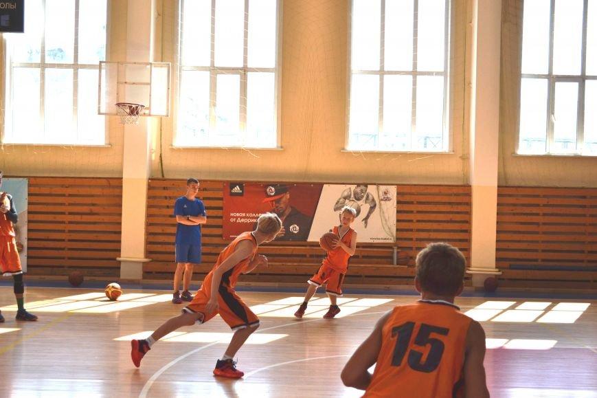 Тренер из Сербии проводит сборы для юных баскетболистов Сахалина, фото-2
