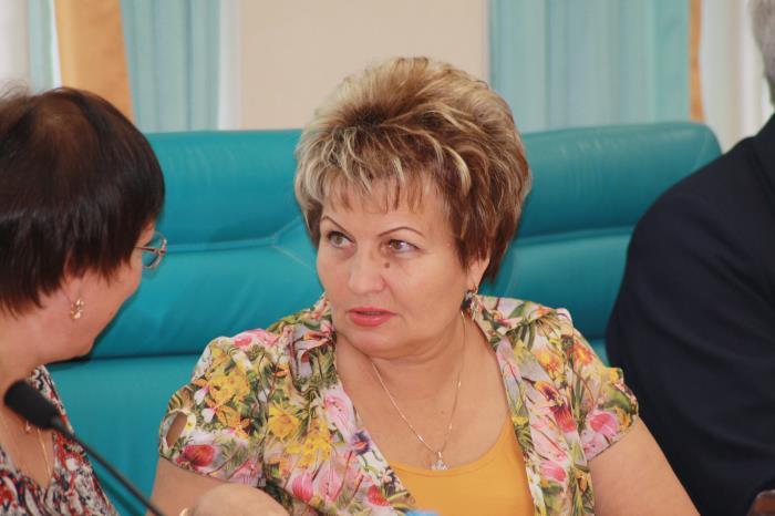 Сахалинские депутаты лишили пенсионеров возможности получить дополнительно пять тысяч рублей, фото-4