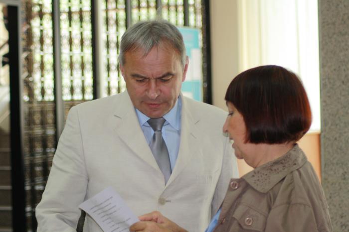 Сахалинские депутаты лишили пенсионеров возможности получить дополнительно пять тысяч рублей, фото-1