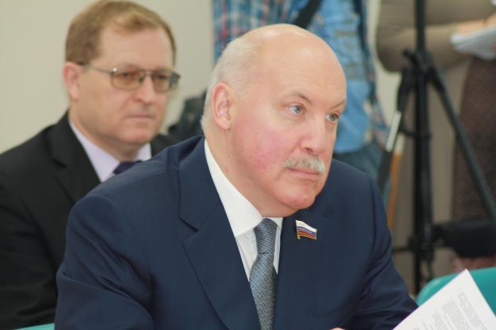 Сахалинские депутаты лишили пенсионеров возможности получить дополнительно пять тысяч рублей, фото-2