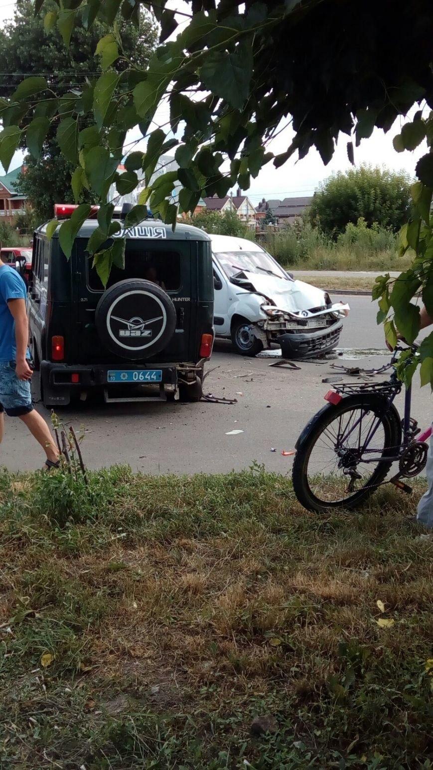 ФОТОФАКТ: на Таращанському поліцейські втрапили в ДТП, фото-4