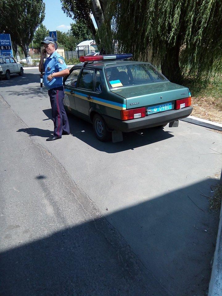Сотрудники дорожной полиции  Бердянска нашли удобное место для «доения» водителей, фото-2