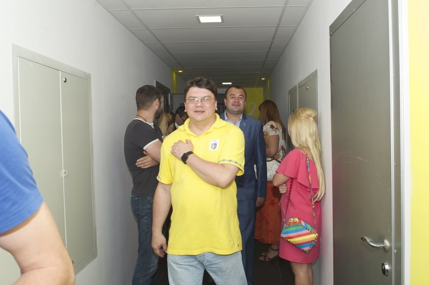 Министр молодежи и спорта ознакомился с комлексом - 6 этаж 2 секция