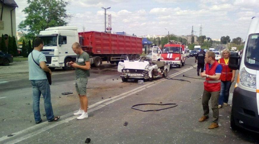 Водію, який загинув у кривавій ДТП в Тернополі, було 53 роки – подробиці трагедії (ФОТО), фото-1