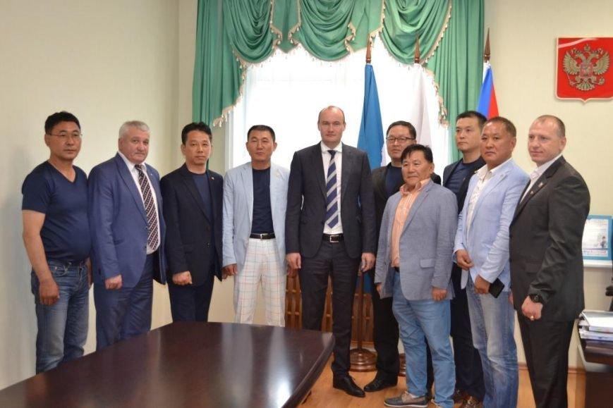 Южно-Сахалинск посетила делегация корейских дзюдоистов из Сувона, фото-1