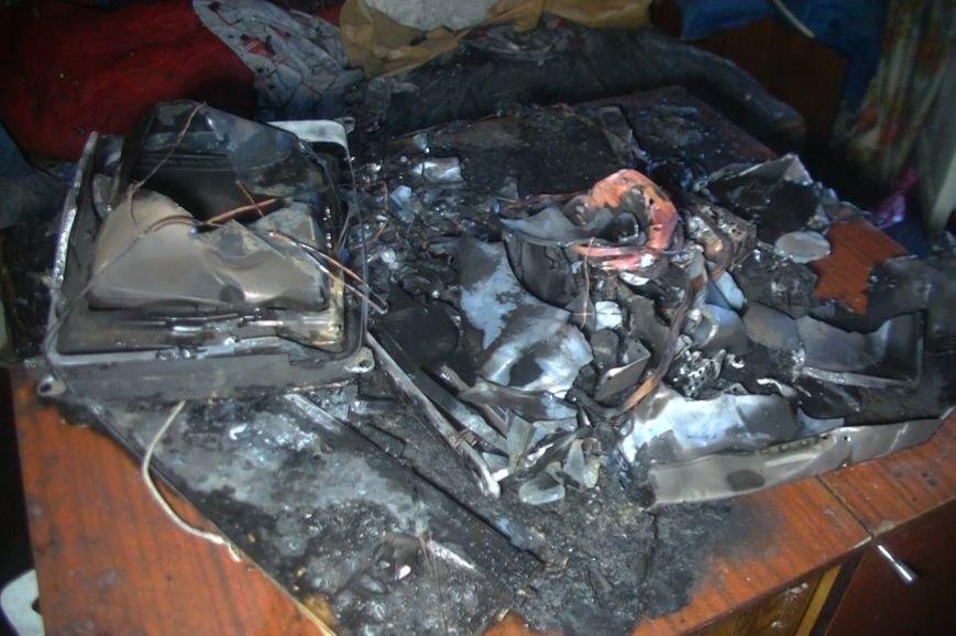 На улице Барабашова горела шестнадцатиэтажка: спасатели эвакуировали 15 человек (ФОТО), фото-2