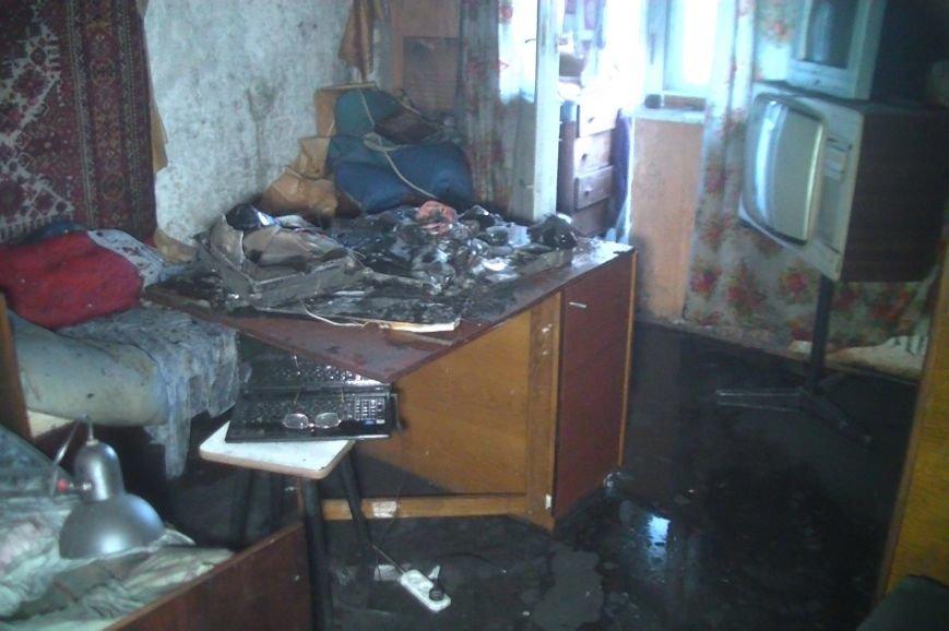 На улице Барабашова горела шестнадцатиэтажка: спасатели эвакуировали 15 человек (ФОТО), фото-3