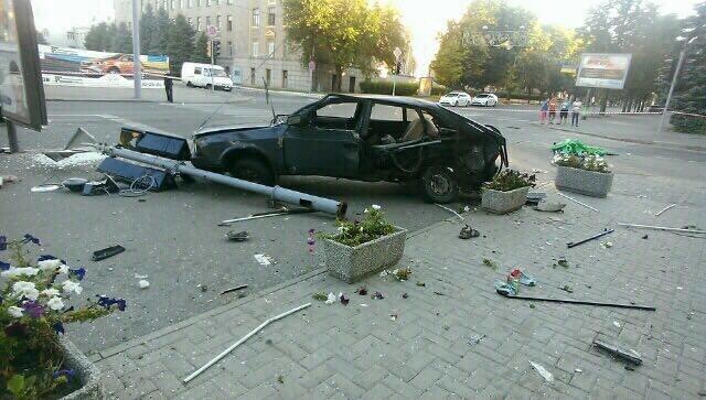 В центре Харькова ДТП с участием патрульных: двое погибли, четверо пострадали (ФОТО, ВИДЕО), фото-5