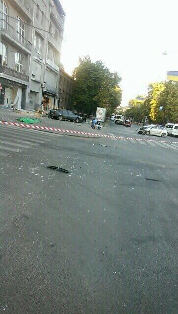 В центре Харькова ДТП с участием патрульных: двое погибли, четверо пострадали (ФОТО, ВИДЕО), фото-2