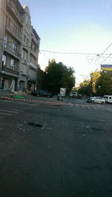 В центре Харькова ДТП с участием патрульных: двое погибли, четверо пострадали (ФОТО, ВИДЕО), фото-3