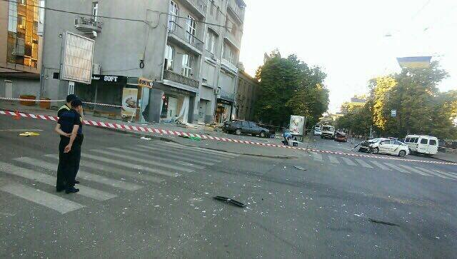 В центре Харькова ДТП с участием патрульных: двое погибли, четверо пострадали (ФОТО, ВИДЕО), фото-4