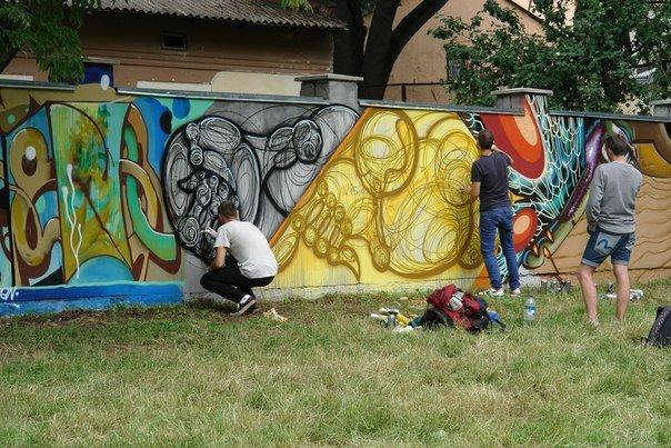 Вандалізм чи мистецтво? У Івано-Франківську відбувся фестиваль графіті. Фото, фото-14