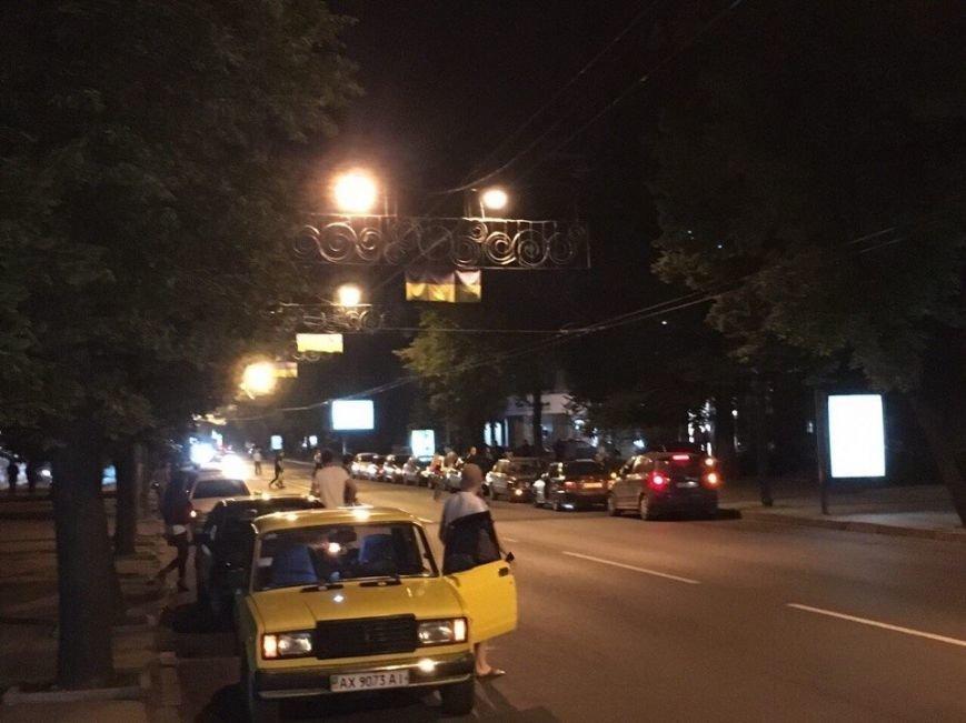 Смертельная авария с участием патрульных: харьковчане блокировали улицу Сумскую, фото-2