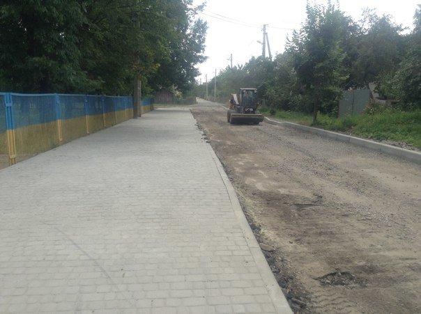 Як проходять ремонтні роботи на вулиці Порічковій (ФОТО), фото-1