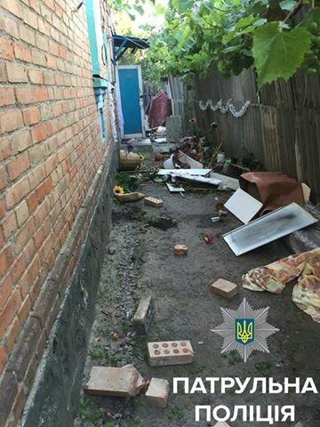 В Кировограде мужчина крушил дом своей сожительницы (ФОТО), фото-4
