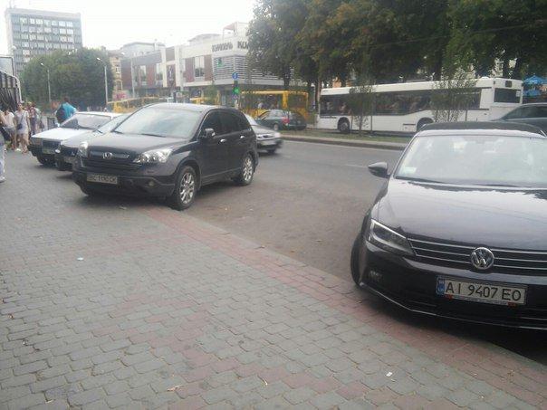 Парковку поблизу готелю «Львів» планують перенести (ФОТО), фото-4
