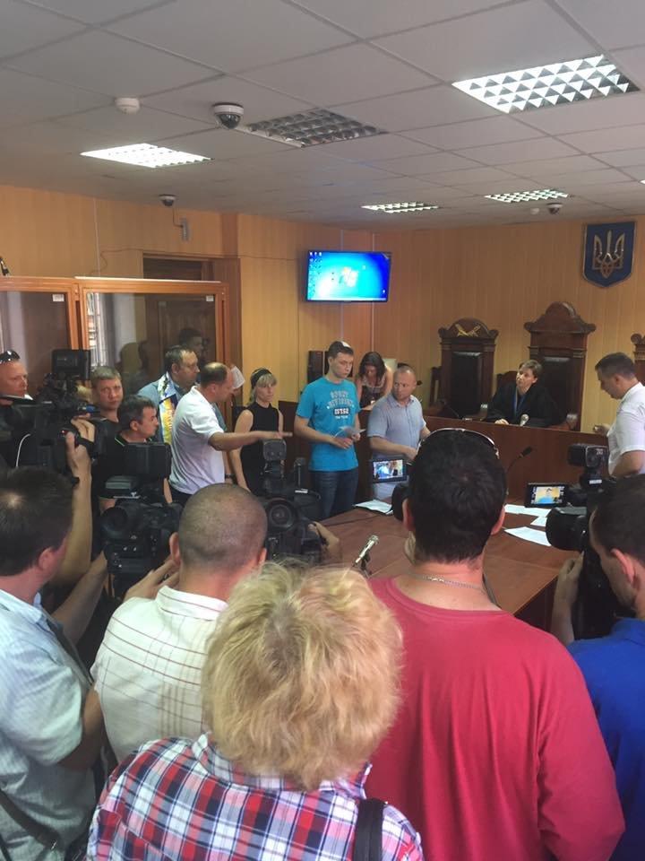 В Харькове избирают меру пресечения патрульному, подозреваемому в смертельном ДТП (ФОТО), фото-1