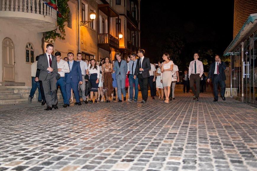Студентка журфака МГУ из Троицка Новой Москвы посетила Баку с делегацией молодёжи столичных ВУЗов, фото-4