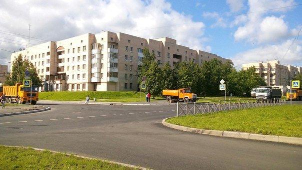Ремонт дороги на Хазова