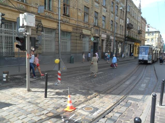 У центрі Львова знову не працюють боларди (ФОТО), фото-3