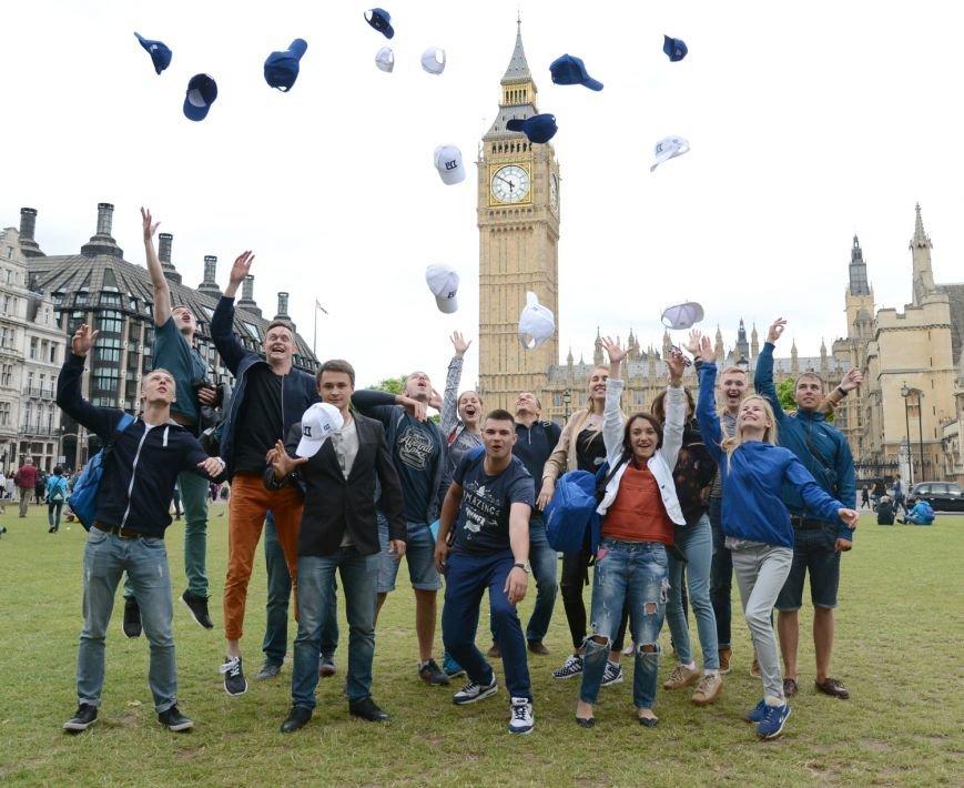 Украинские студенты-авиаторы посетили Лондон, фото-2