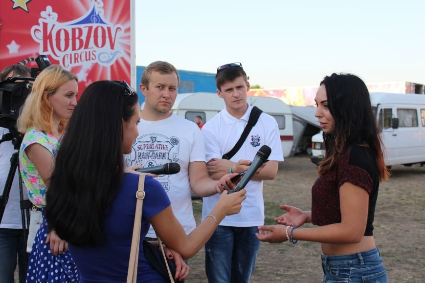 В Бердянске состоялась премьера «Ангелов Цирка», фото-1
