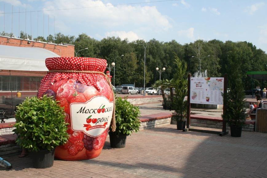 Миниатюрный маяк украсил площадь Троицка, фото-3
