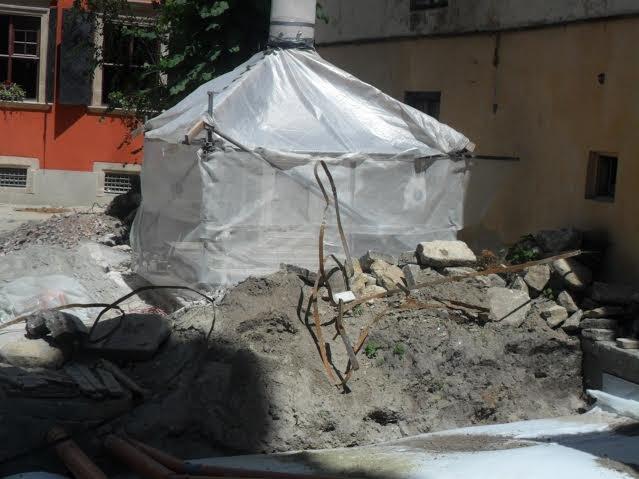 У Вірменському дворику консервують історичні склепіння (ФОТО), фото-4
