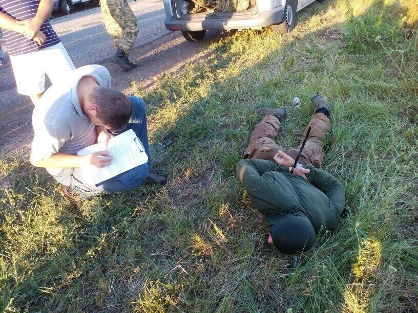 Появились фото с места обстрела инкассаторской машины под Запорожьем, фото-3