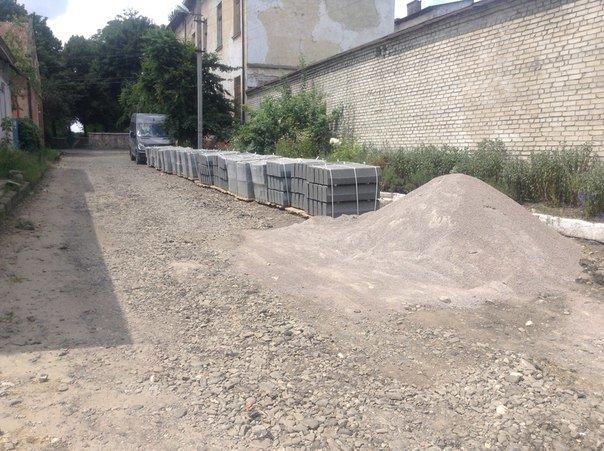 Стало відомо, коли у Львові завершать ремонт вулиці Уманської (ФОТО), фото-1