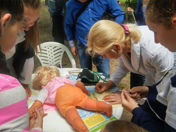 """Під час фестивалю """"Місто професій"""" діти переймали фах лікарів (ФОТО), фото-1"""