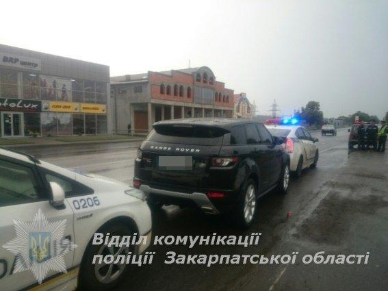 На Закарпатті затримали елітне авто, викрадене з-за кордону: фото, фото-1