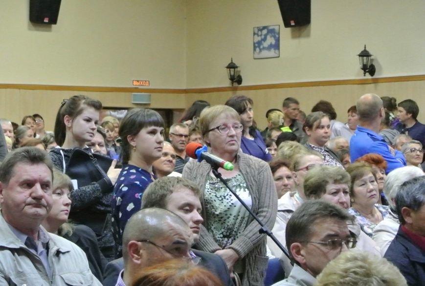 Олег Кожемяко встретился с жителями сахалинского посёлка Смирных, фото-1
