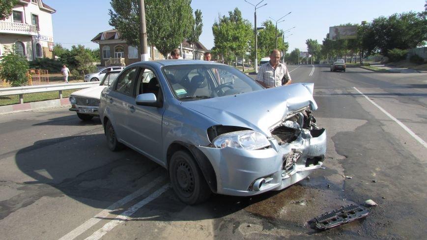 В Мелитополе на дамбе произошло очередное ДТП (фото), фото-8