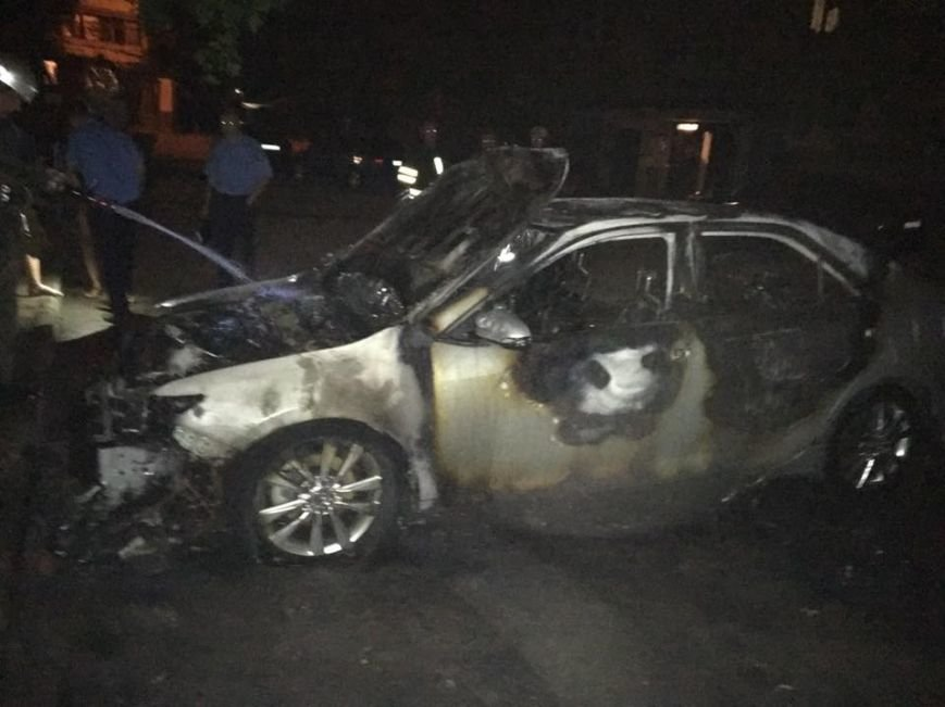 В Запорожье мужу депутата облсовета сожгли автомобиль (ФОТОФАКТ), фото-2