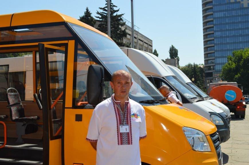 Запорожцы будут ездить в пригород на новых автобусах (ФОТО, ВИДЕО), фото-10